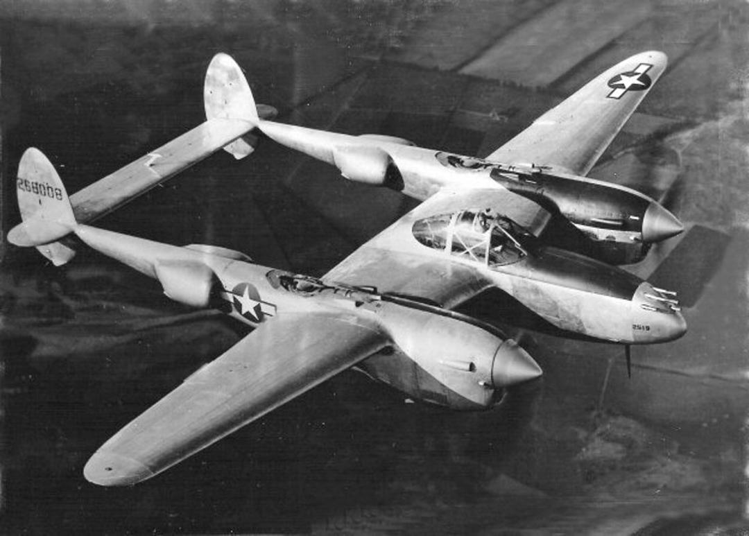 P-38J - Snafuperman - 42-68008