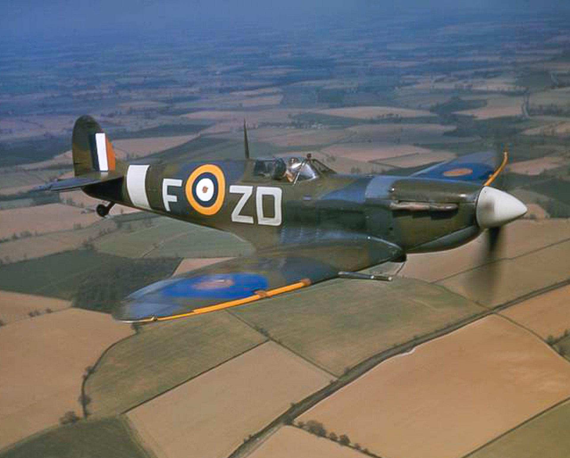 Spitfire Mark VB - AD233
